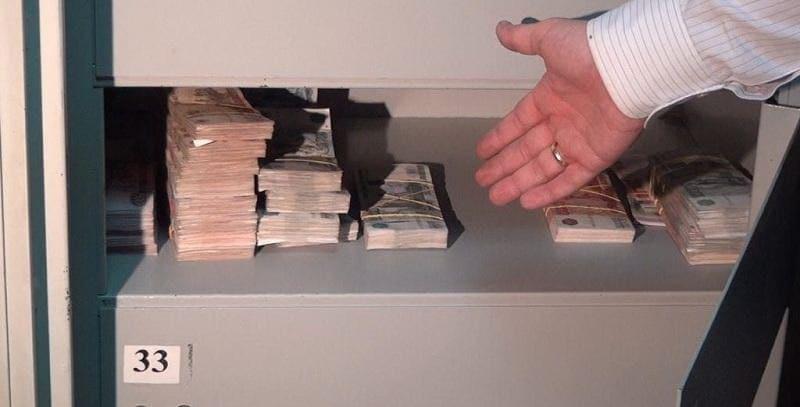 Когда передаются деньги при покупке квартиры